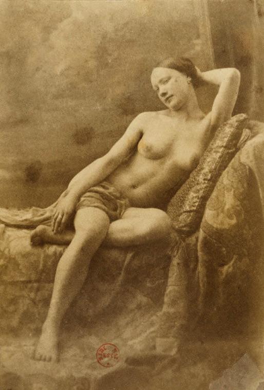 Eugène Durieu(1800-1874) 'Nu féminin assis sur un divan, latête soutenue par un bras' 1854