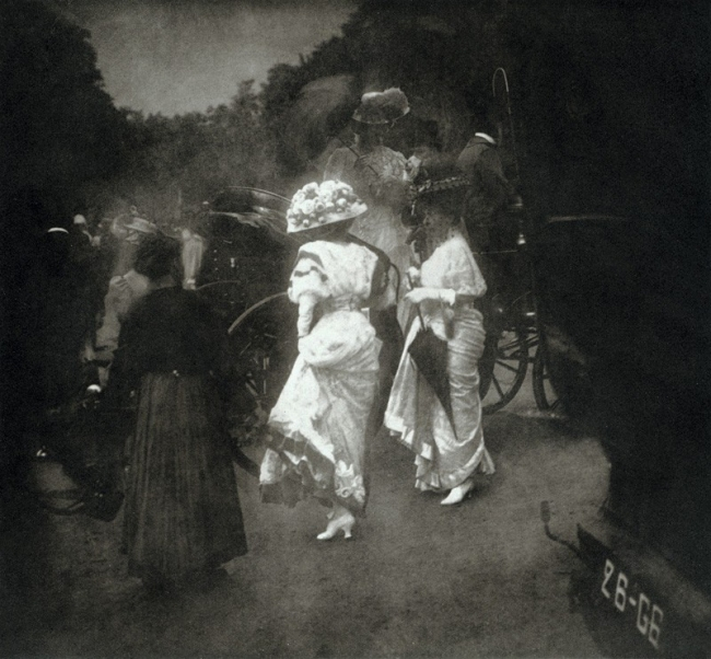Edward Steichen. 'Grand Prix at Longchamp, After the Races' 1907