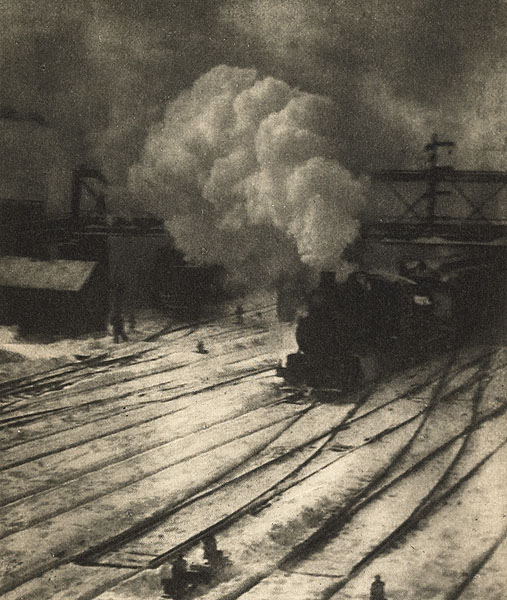 Alfred Steiglitz. 'New York Central Yard' 1910