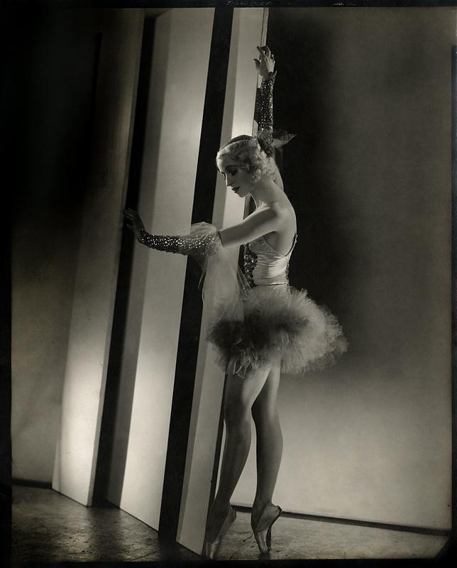 Edward Steichen(1879-1973) 'Patricia Bowman' 1932