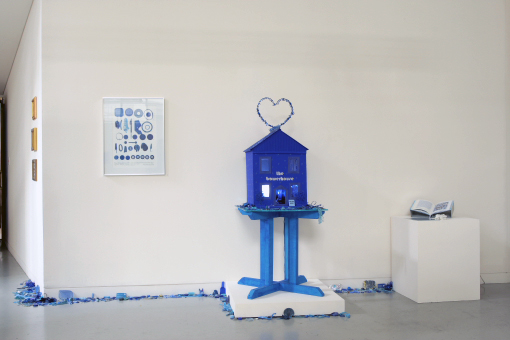 Mary Newsome. 'Bowerhouse Blues' installation photograph with 'The Bowerhouse' centre