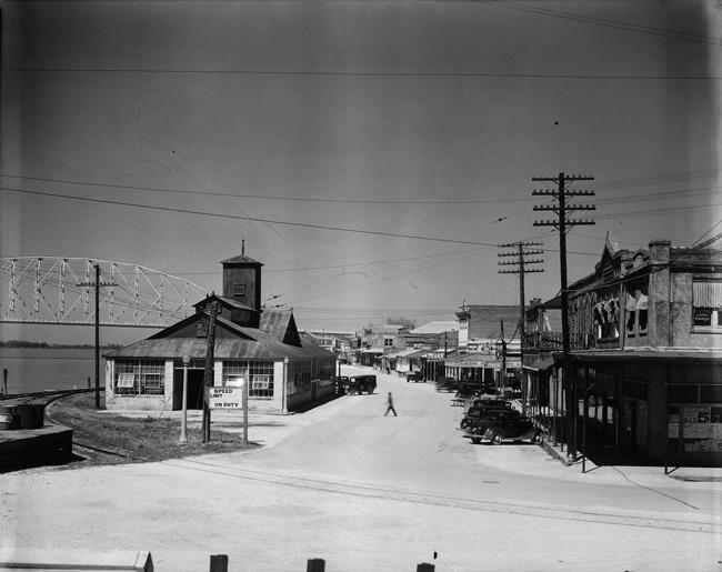 Walker Evans. 'Street Scene, Morgan City, Louisiana' 1935