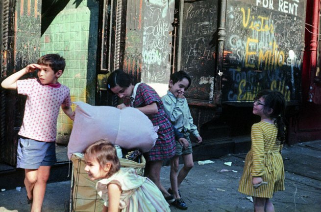 Helen Levitt. 'New York' 1972