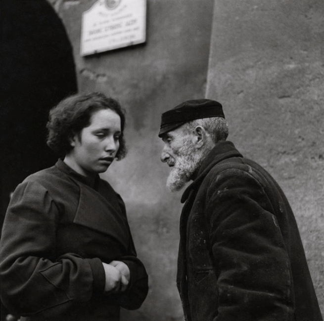 Roman Vishniac. 'Grandfather and granddaughter, Lublin' 1937