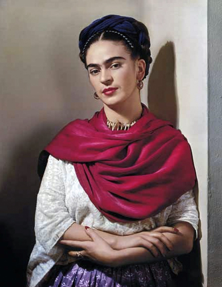 Nickolas Muray. 'Frida with Magenta Rebozo, New York' 1939