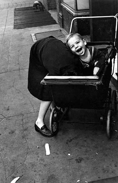 Helen Levitt. 'New York, NY' c.1942