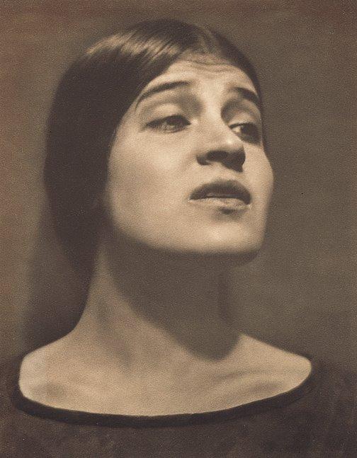 Edward Weston. 'Tina Modotti' 1924