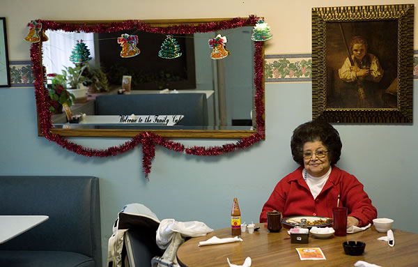 Kay Westheus. 'Mary Ann Rubio, Family Cafe, Knox' 2007