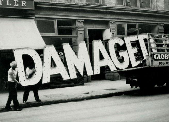Walker Evans. Salon, West Virginia, 1935