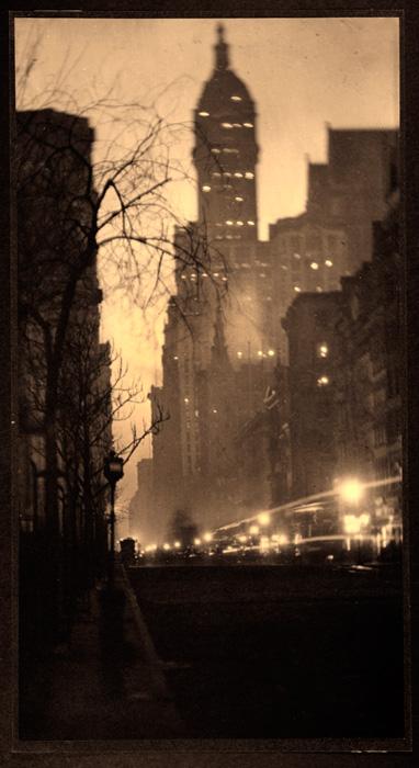 Alvin Langdon Coburn. 'The Singer Building, New York' ca. 1910