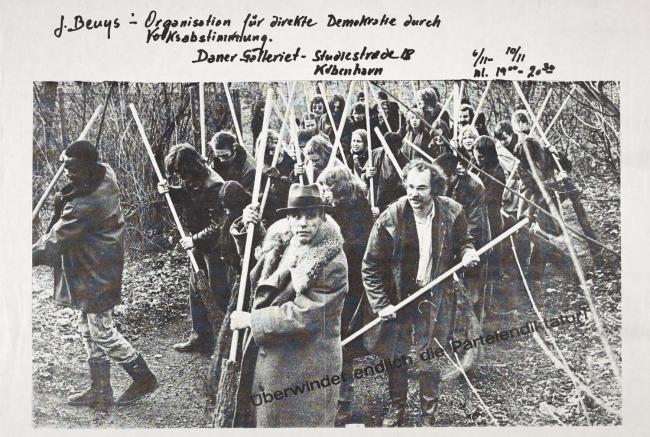 Joseph Beuys(German, 1921-1986) Überwindet endlich die Parteiendiktatur - Poster, N070815SE_118_098 - Overcome Party Dictatorship Now 1971