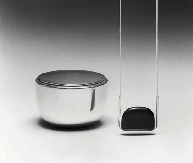 Johannes Kuhnen. 'Box and pendant' 1980