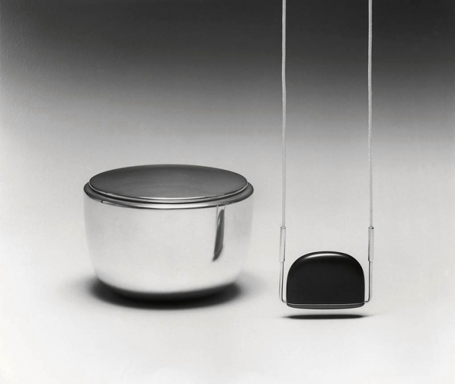 Johannes Kuhnen. 'Box and pendant' 1980