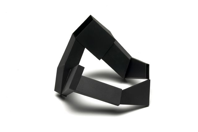 Mari Funaki. 'Bracelet 5' from 'Space between' heat-coloured mild steel 2005-06