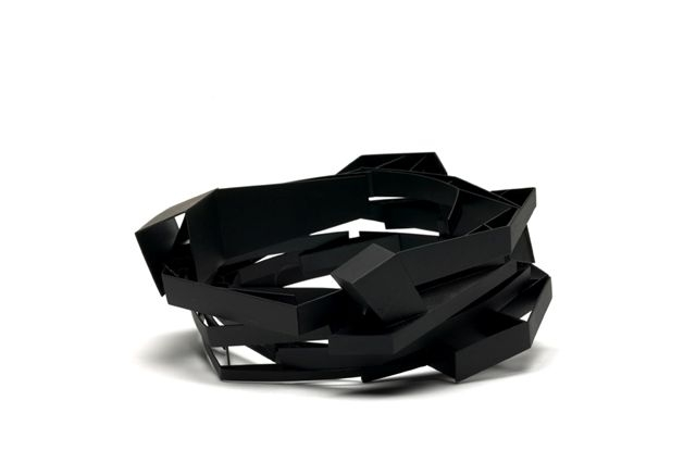 Mari Funaki. 'Bracelet 6' from 'Space between' heat-coloured mild steel 2005-06