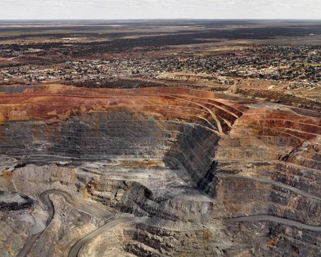 Edward Burtynsky. 'Super Pit #4 Kalgoorlie, Western Australia' 2007