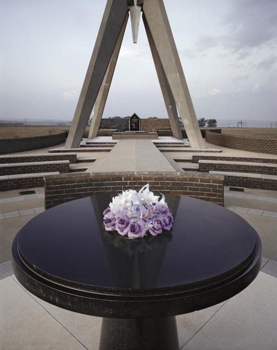David Goldblatt. 'Wreath at the Berg-en-Dal Monument' 1983