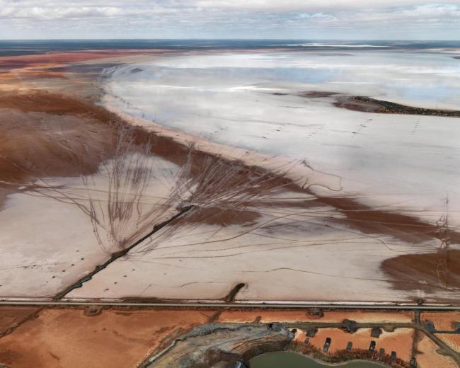 Edward Burtynsky. 'Silver Lake Operations #12, Lake Lefroy, Western Australia' 2007