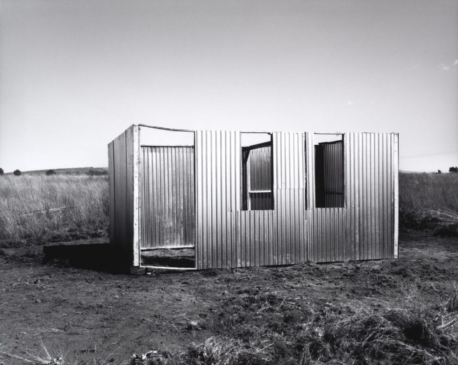 David Goldblatt. 'A new shack under construction, Lenasia Extension 9, Gauteng' 1990