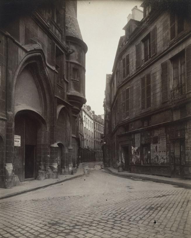 Eugène Atget. 'Rue du Figuier' 1924