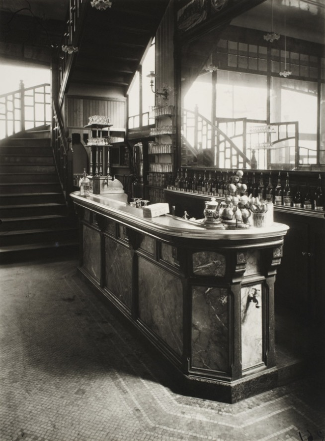 Eugène Atget. 'The Wine Seller, 15 Rue Boyer' 1910–1911