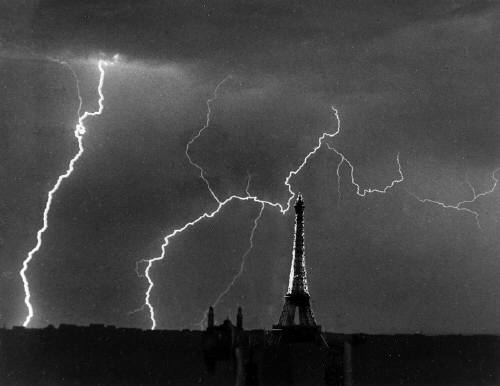 Andre Kertesz 'Eiffel Tower, Summer Storm' 1927