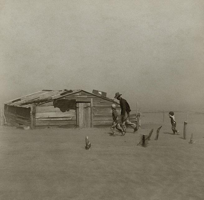 Arthur Rothstein. 'Dust Storm, Cimarron County' 1936