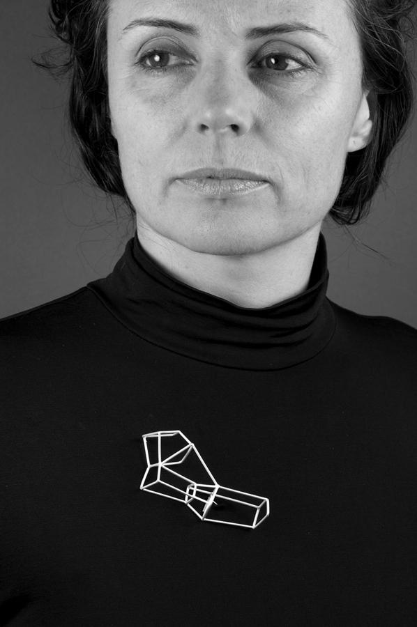 Carlier Makigawa. 'Brooch 1' 2009