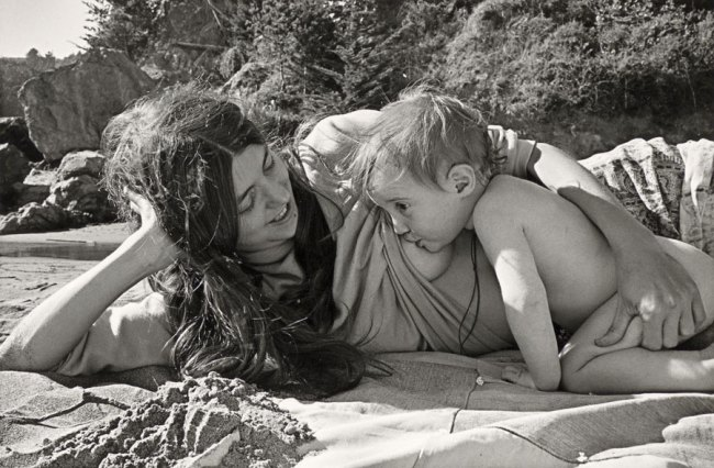 Christine Godden. 'Bobbie and Amitabha at the beach' (c. 1972)