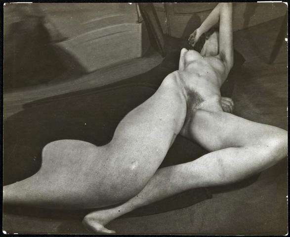 Andre Kertesz. 'Distortion 38, Paris' 1933