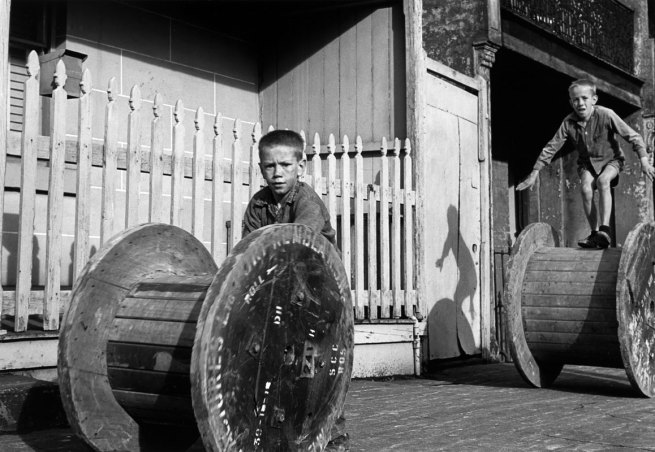 Jeff Carter (Australia, 1928-2010) 'Saturday arvo, Chippendale' 1960