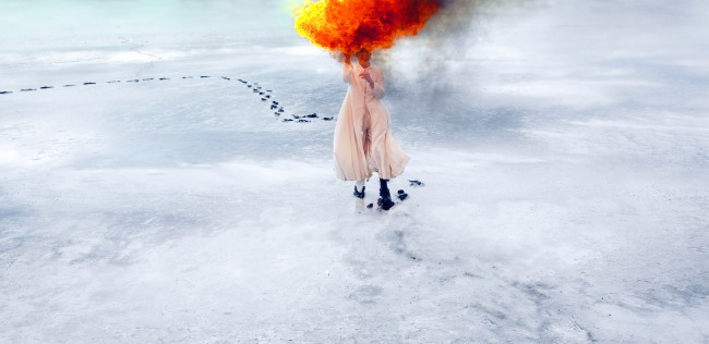 Jill Orr. 'Southern Cross to bear and behold - Burning' 2007)