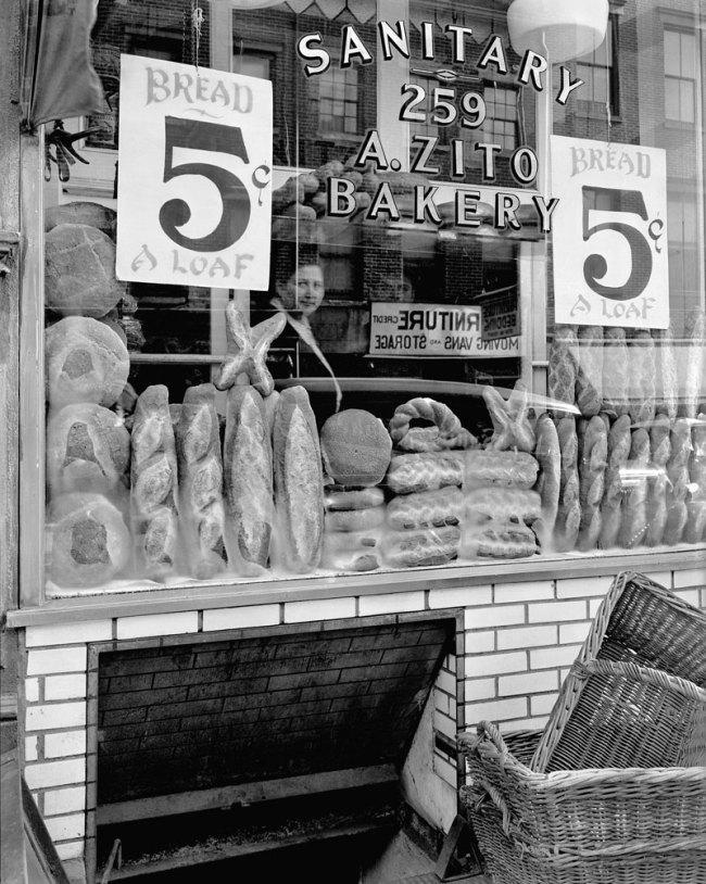 Berenice Abbott. 'Bread Store, 259 Bleecker Street' 1937