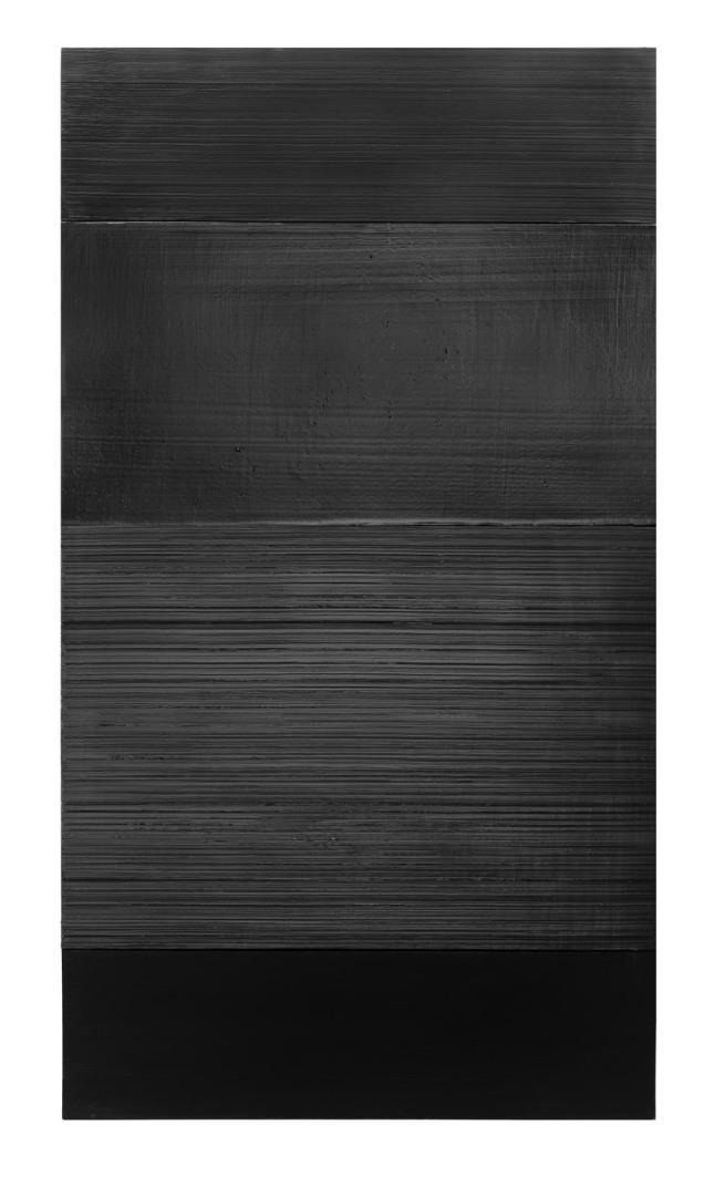 Pierre Soulages. 'Peinture 324 x 181 cm, 17 novembre 2008'