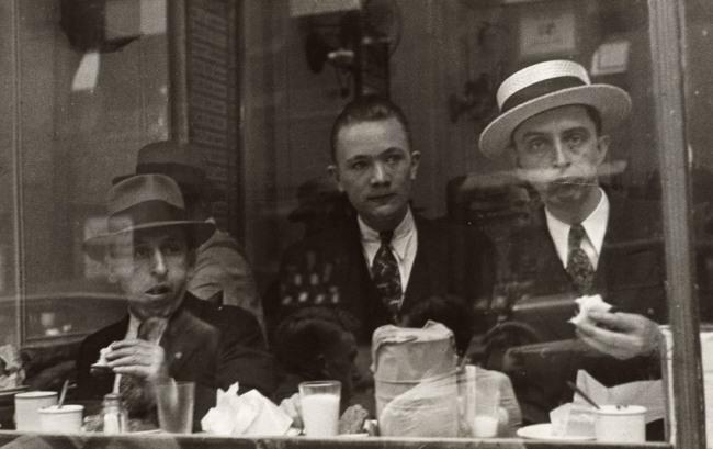 Walker Evans. '[Lunchroom Window, New York City]' 1929