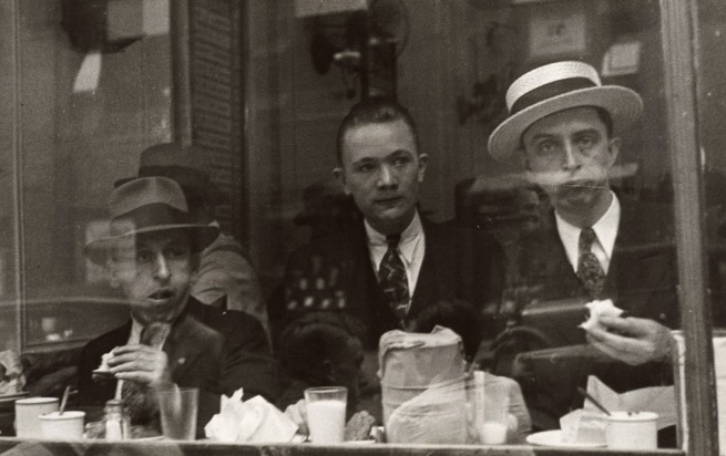 Walker Evans. '[Lunchroom Window, New York City]' 1929