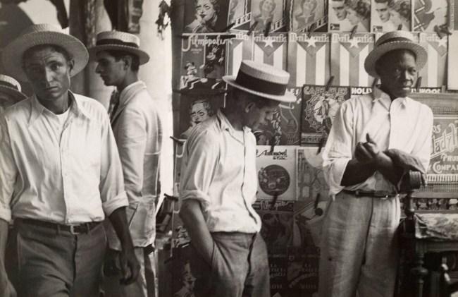 Walker Evans. 'People in Downtown Havana' 1933