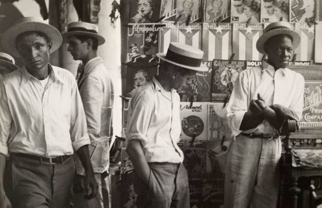 Walker Evans. 'People in Downtown Havana' 1933