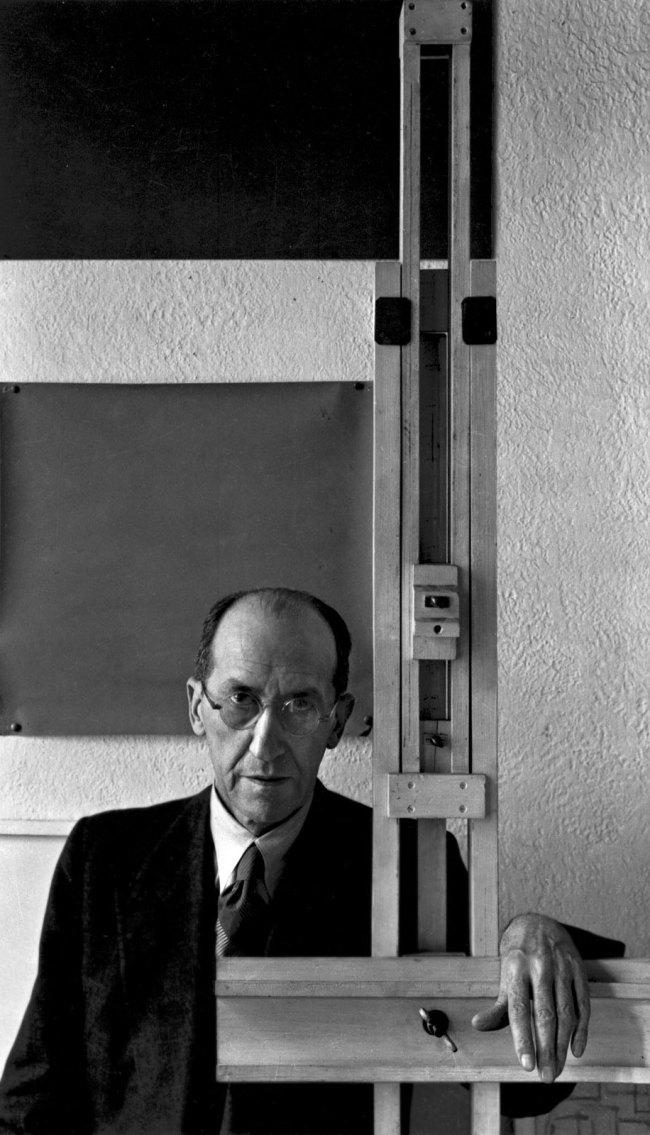 Arnold Newman. 'Piet Mondrian, New York' 1942