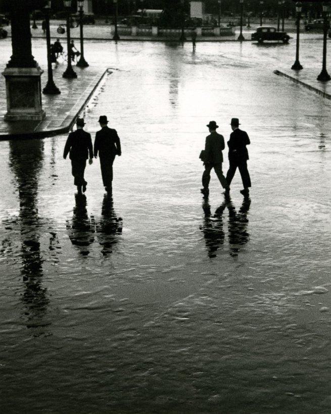 André Kertész. 'Place de la Concorde' Paris 1928