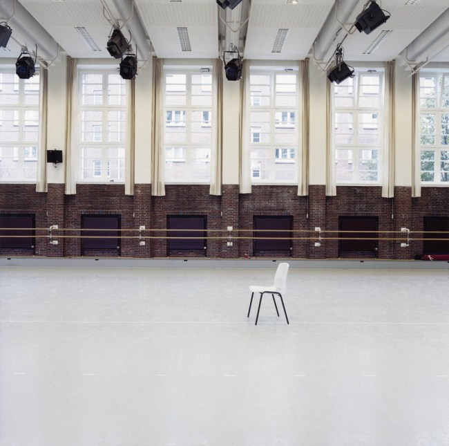 Candida Höfer. 'Ballettzentrum Hamburg III' 2000