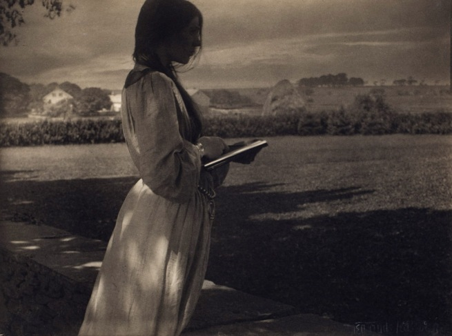 Gertrude Käsebier. 'The Sketch (Beatrice Baxter)' 1903