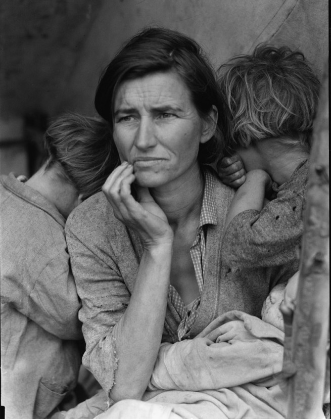 Dorothea Lange. 'Migrant Mother, Nipomo, California' 1936, printed c. 2003
