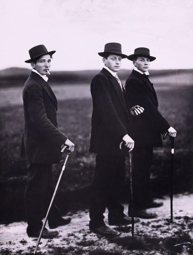 August Sander. 'Jungbauern, Westerwald, 1914' 1914