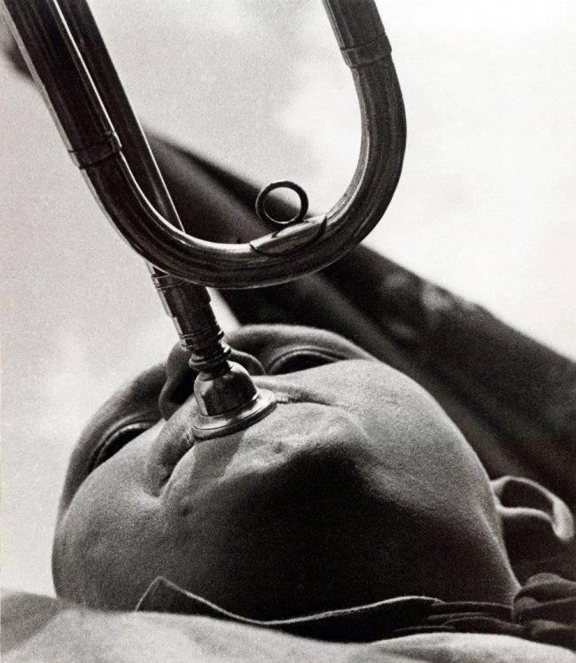 Alexander Rodchenko. 'Pioneer with a trumpet' 1930