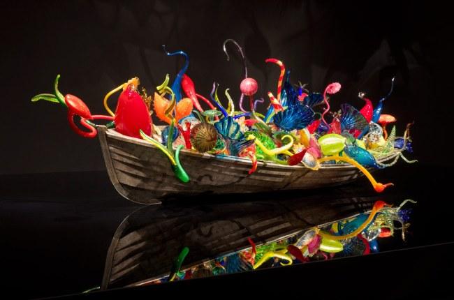 Dale Chihuly. 'Ikebana Boat' 2011