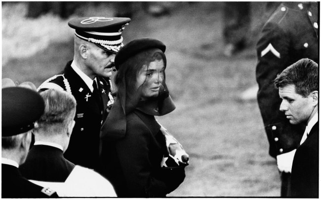 Elliott Erwitt. Jackie Kennedy, Arlington, Virginia, 1963.