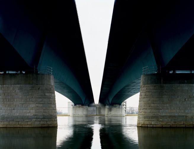 Hans-Christian Schink. 'A2 - Elbebrücke bei Magdeburg' 2003