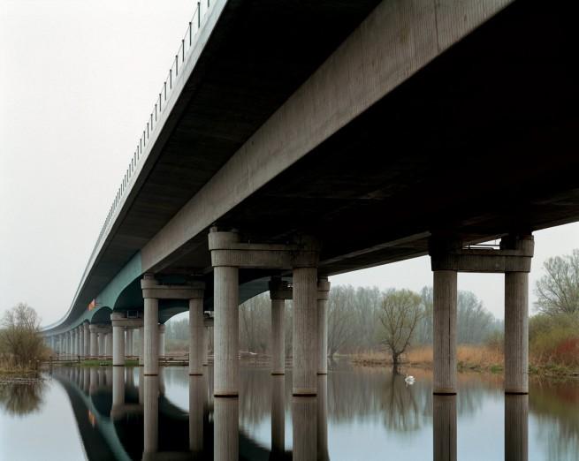 Hans-Christian Schink. 'A20 - Peenebrücke Jarmen' 2002