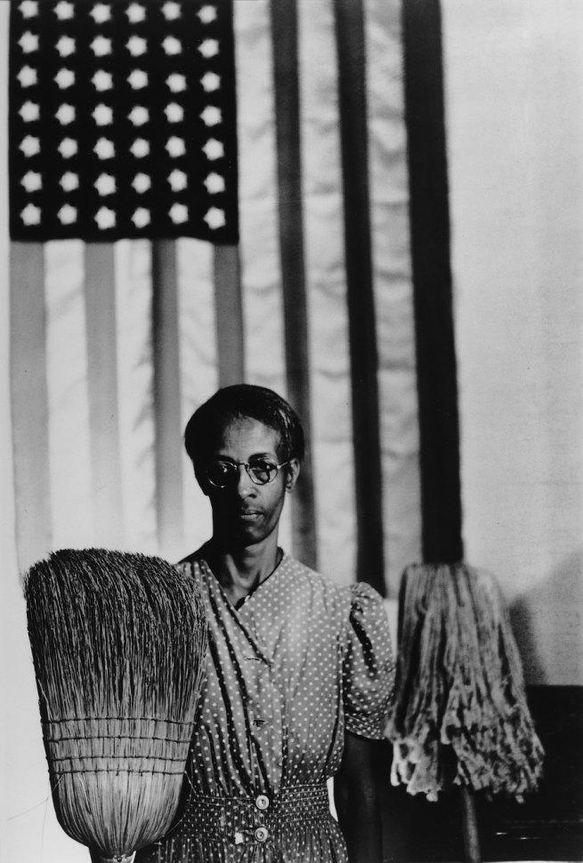Gordon Parks. 'American Gothic' 1942